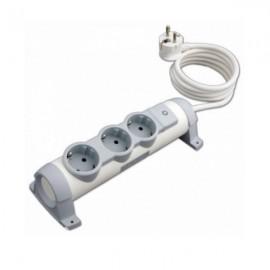 Удлинитель Legrand 3 розетки с заземляющим контактом со шторками, поворотный блок с фиксацией, выключатель с индикацией, кабель питания 3 м 694622