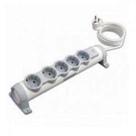 Legrand Комфорт Удлинитель 5 розеток с заземляющим контактом со шторками, поворотный блок с фиксацией, выключатель с индикацией, кабель питания 1,5 м.